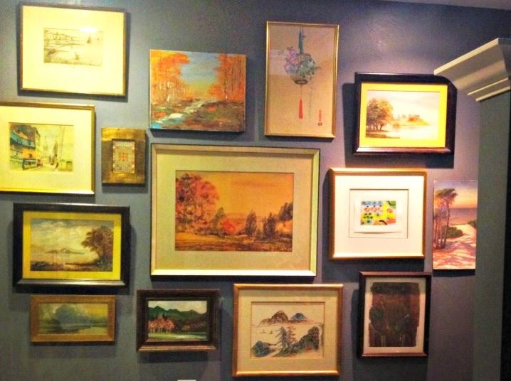 how to create an art wall like a decorator