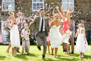 money saving wedding tips from brides and their moms