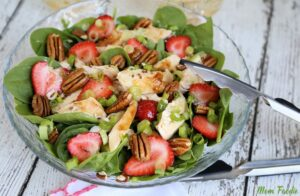 Strawberry Pecan Chicken Salad with Green Tea Citrus Vinaigrette: Fun Quick Summer Meal from Mom Foodie