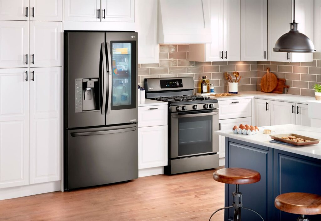 If you are looking for a new oven before the holidays, Best Buy is introducing the LG Double Oven with Probake + Savings of up to $600.