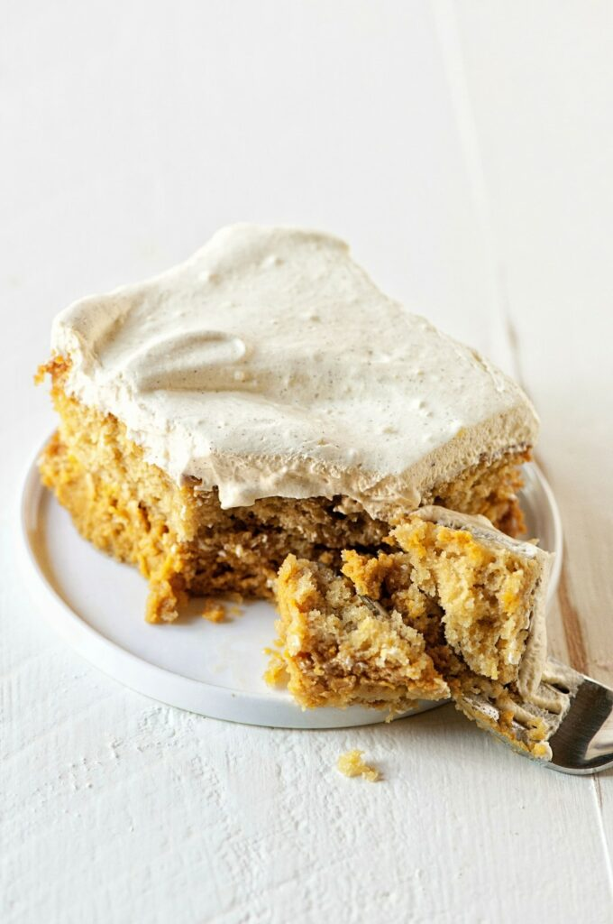 Pumpkin Spice Latte Magic Cake by- Sweet Recipes