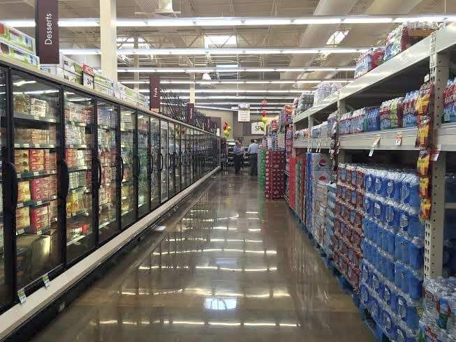 wide aisles in a Smart & Final store