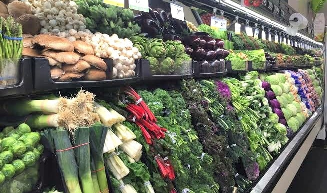 fresh vegetables in a Smart & Final store