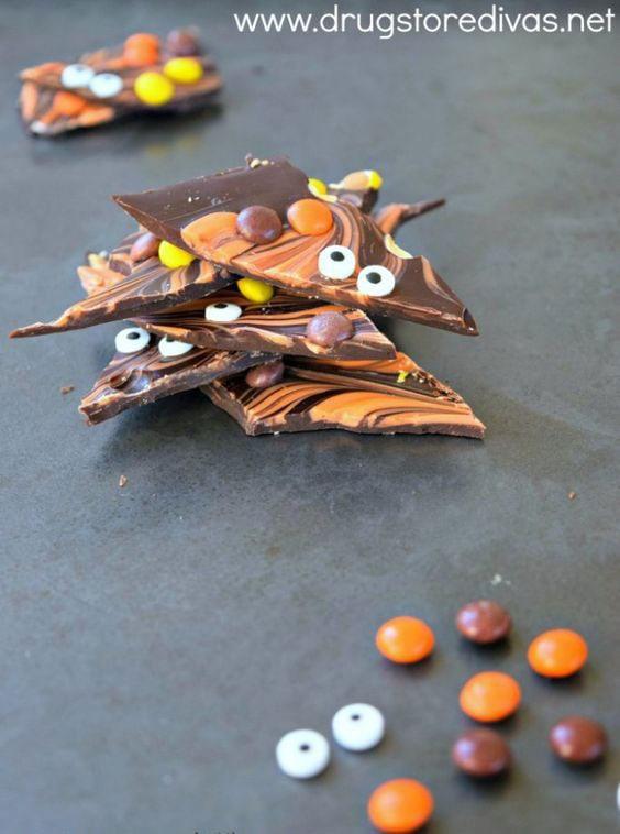 Halloween Desserts - Halloween Chocolate Bark