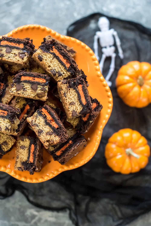 Halloween Desserts - Halloween Oreo Brookie Bars