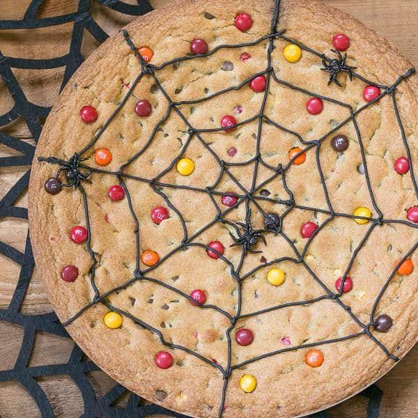 Halloween Desserts - Spiderweb Cookie Cake